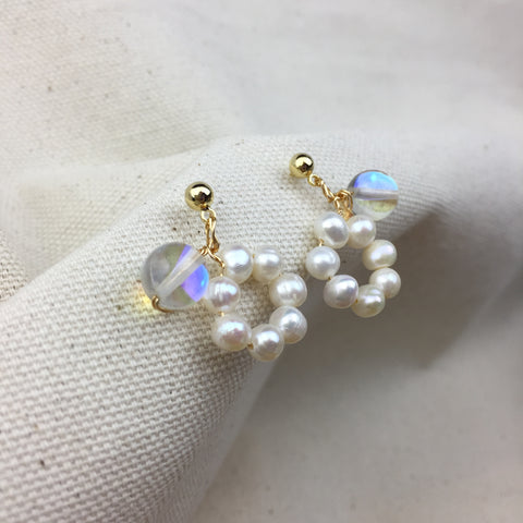 Ring of Pearls Earrings - Twist Earring