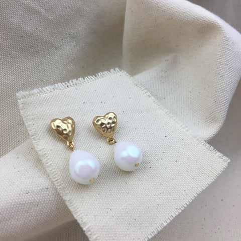 Heart and Pearl Earrings - Twist Earring