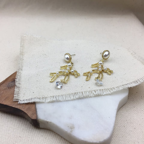 Pina Earrings - Twist Earring
