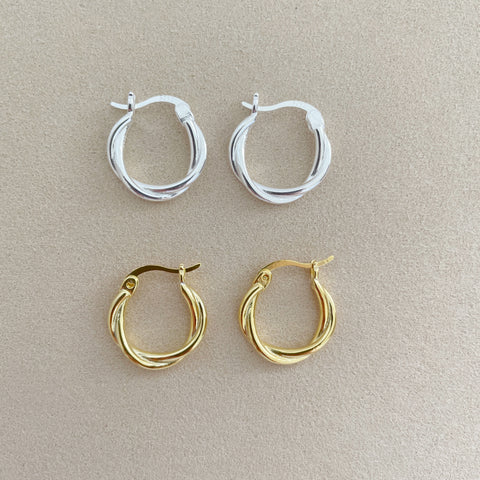 Twisted Hoop Earrings-Silver
