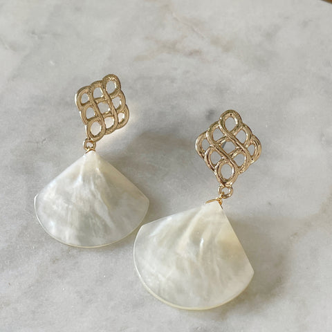 The Royalty Shell Earrings