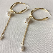 Twist Hoop Pearl Earrings