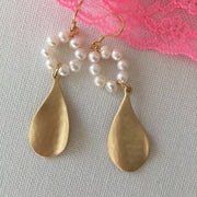 Leaf in the Wind Earrings - Twist Earring