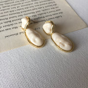 Beige Cliff Earrings