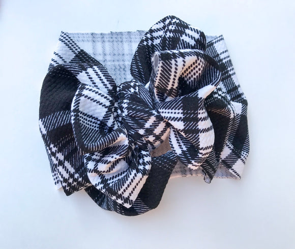 BLACK & WHITE PLAID MESSY WRAP