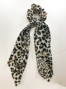 Light leopard scarf scrunchie
