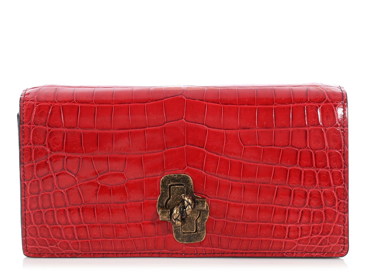 Bottega Veneta China Red Crocodile The Knot Shoulder Bag