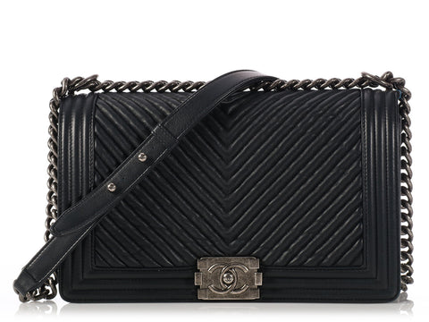 Chanel New Medium Dark Navy Chevron Boy Bag