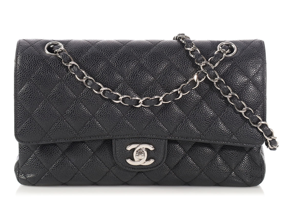 2845c305291f Chanel Medium/Large Black Quilted Caviar Classic Double Flap