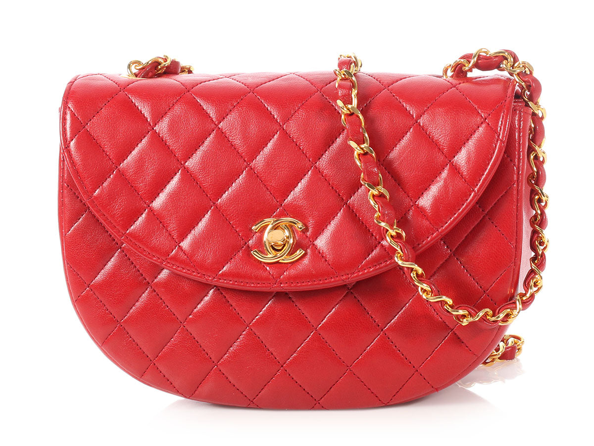 c87fa41dc767 Chanel Vintage Red Quilted Lambskin Crossbody Bag