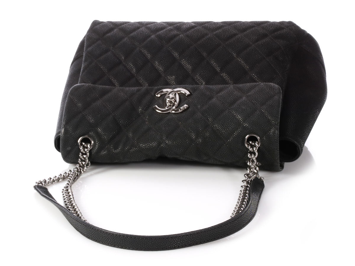 6a15e3850f15 Chanel Black Quilted Soft Caviar Calfskin Lady Pearly Flap