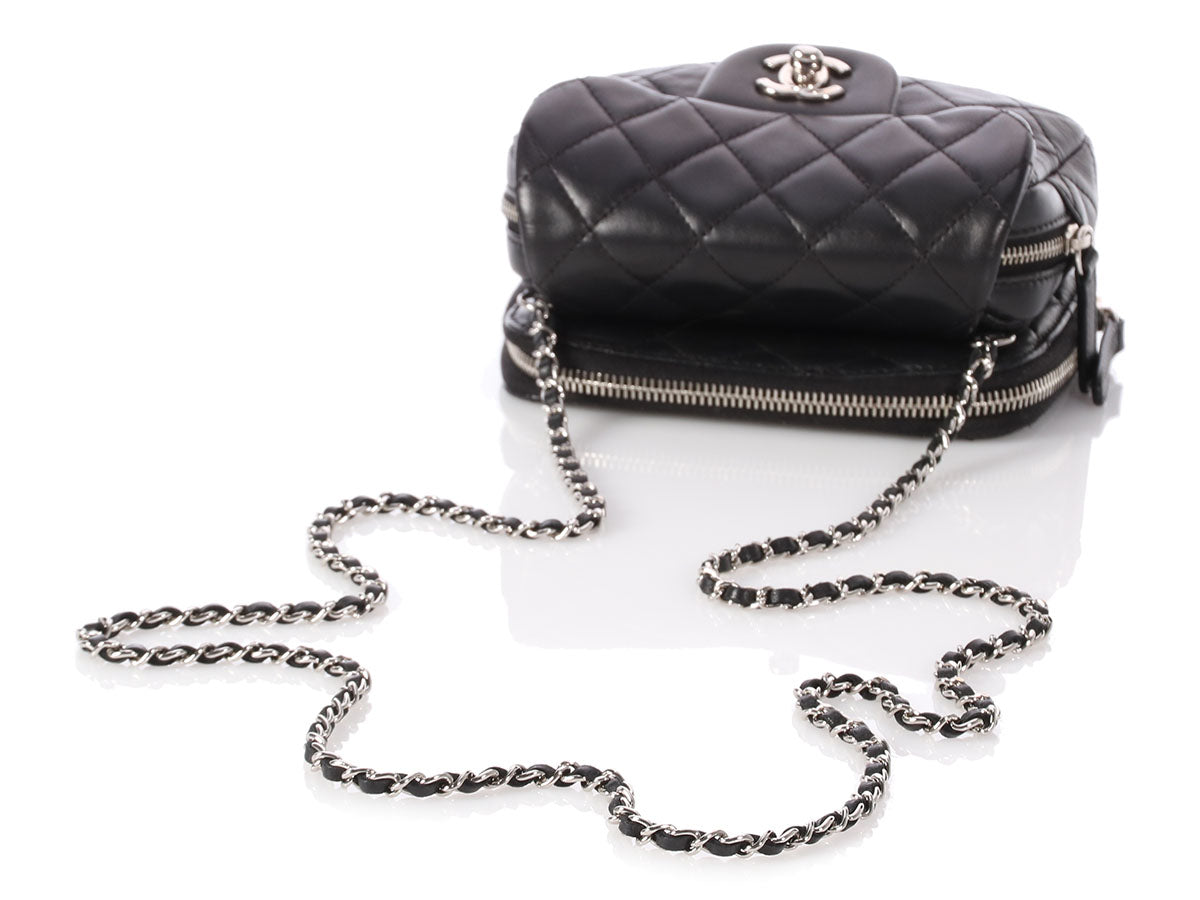 3a1bd5e1ccd6 Chanel Black Quilted Lambskin Wallet/Mini Flap Crossbody