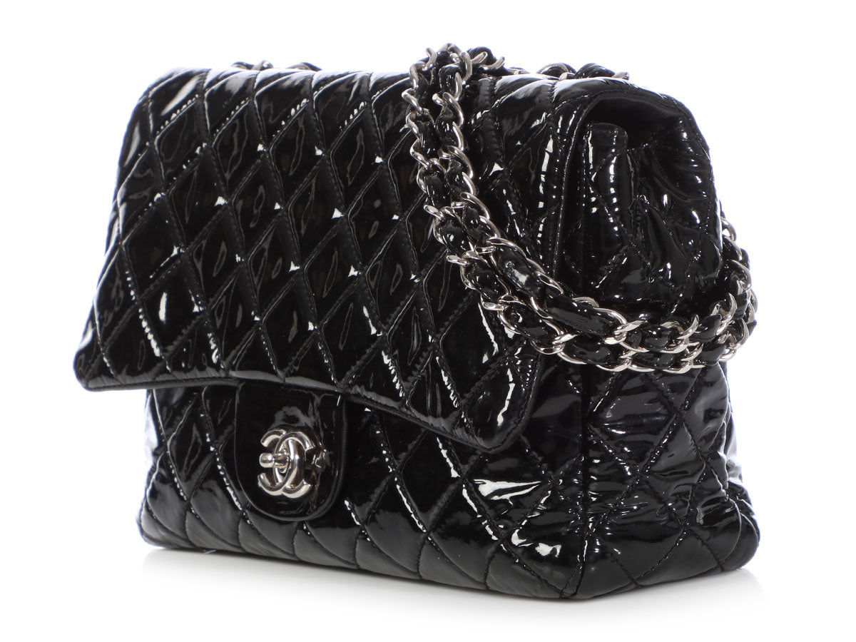 26250888f7d0 Chanel Jumbo Black Quilted Patent Classic Single Flap