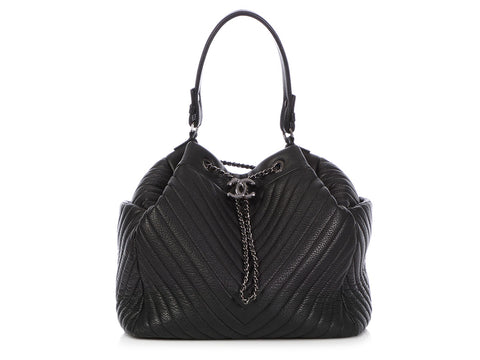 Chanel Black Chevron-Quilted Deer Drawstring Bag