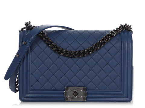 Chanel New Medium Bleu Foncé Quilted Lambskin Boy Bag