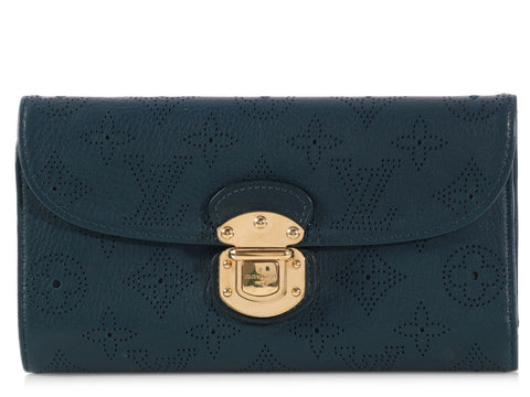 Louis Vuitton Navy Amelia Wallet