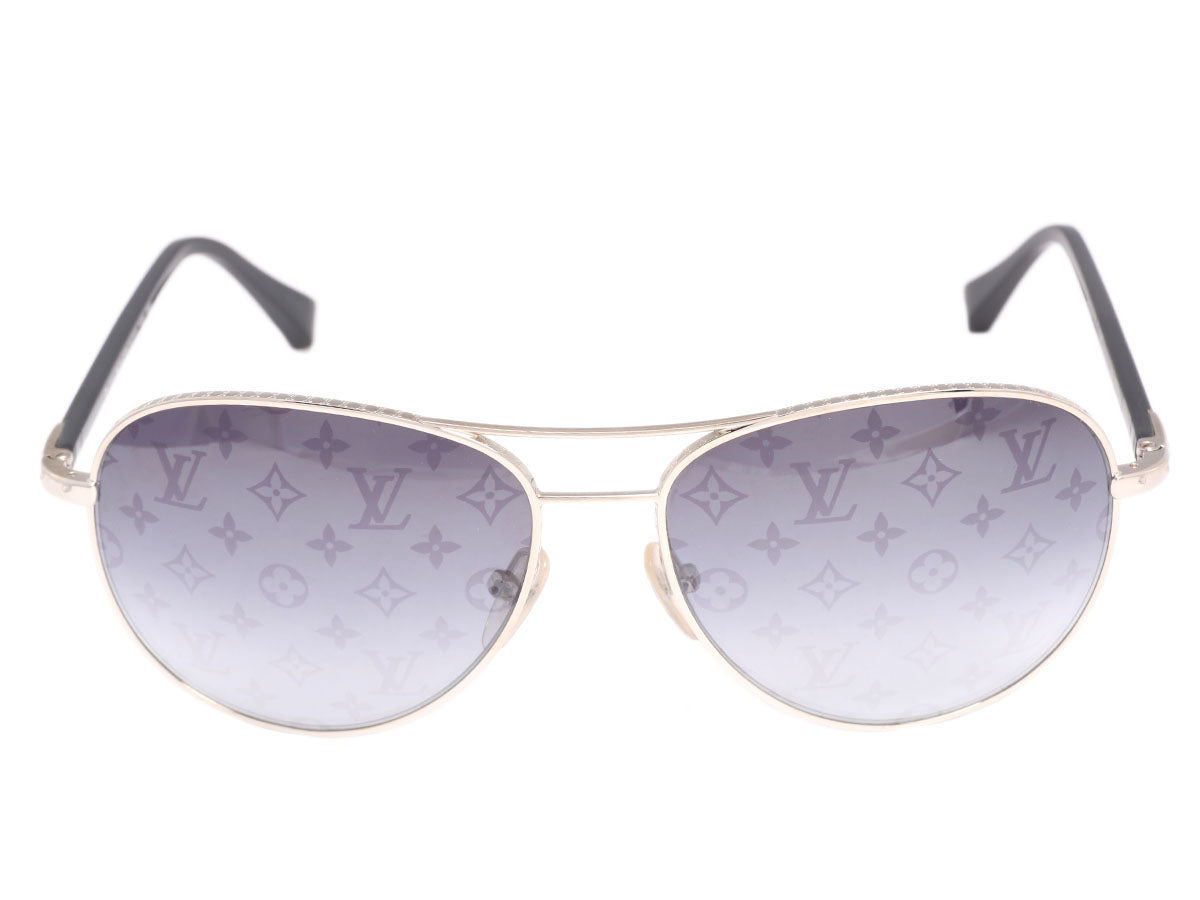 6c6e96ab22b2 Louis Vuitton Conspiration Pilote Sunglasses