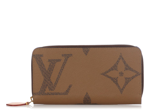 Louis Vuitton Monogram Giant Reverse Zippy Wallet