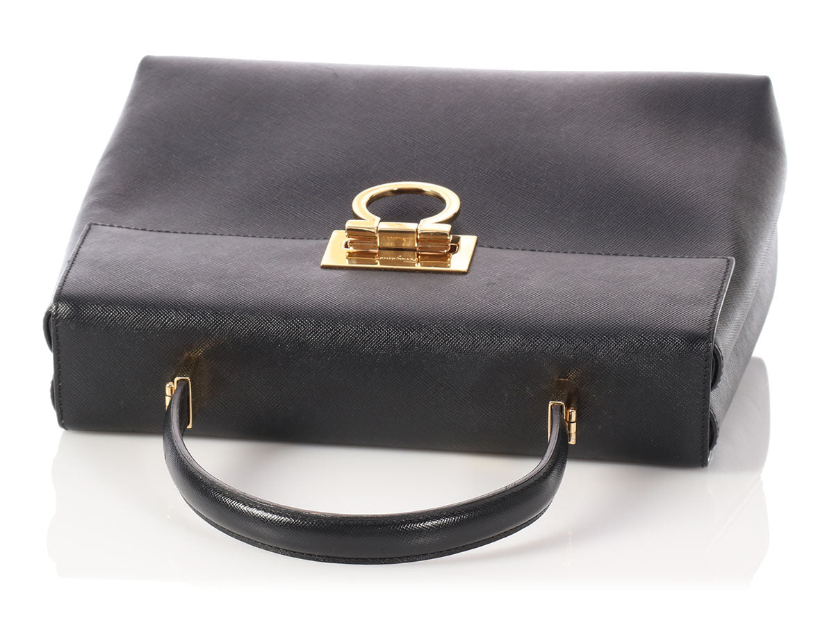 00517491e7 Salvatore Ferragamo Black Vintage Top Handle Bag