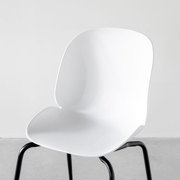Beetle Chair ダイニングチェア ホワイト 2脚セット