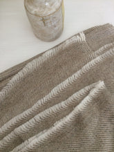 Load image into Gallery viewer, Cashmere Throw Beige