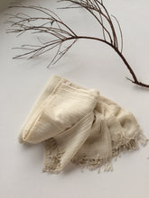Load image into Gallery viewer, Wool Throw Ivory