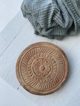 Load image into Gallery viewer, Tray - Timber Carved Chapati Plate #6