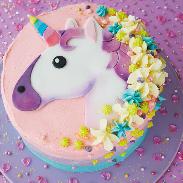 DIY unicorn emoji cake