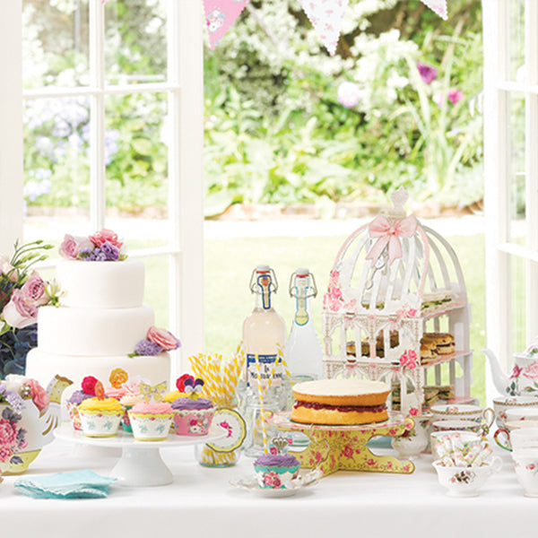 How to Make a Super Scrumptious Tea Party
