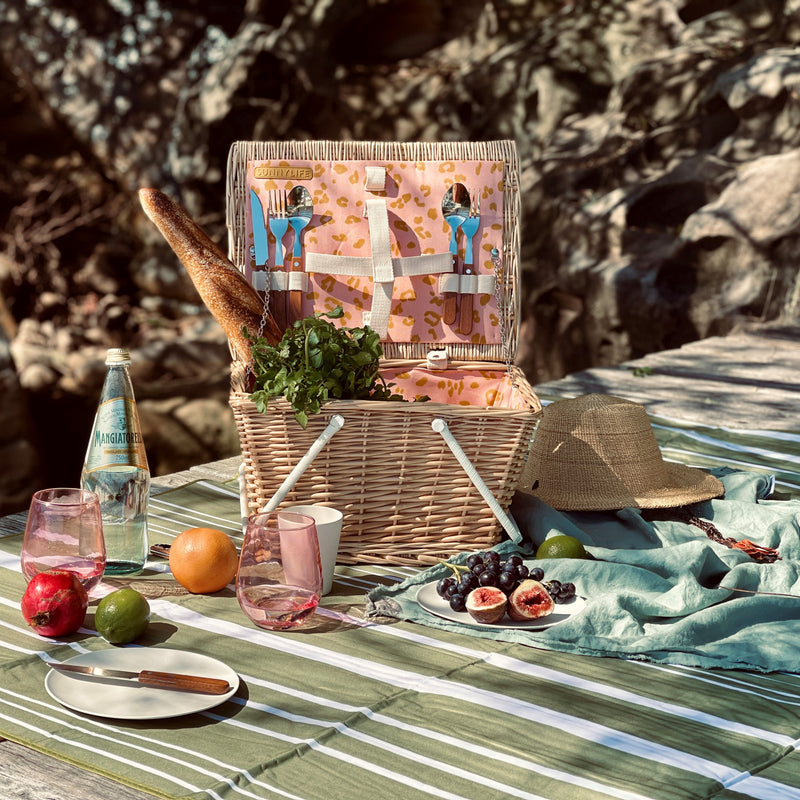 Pack up for a stylish picnic