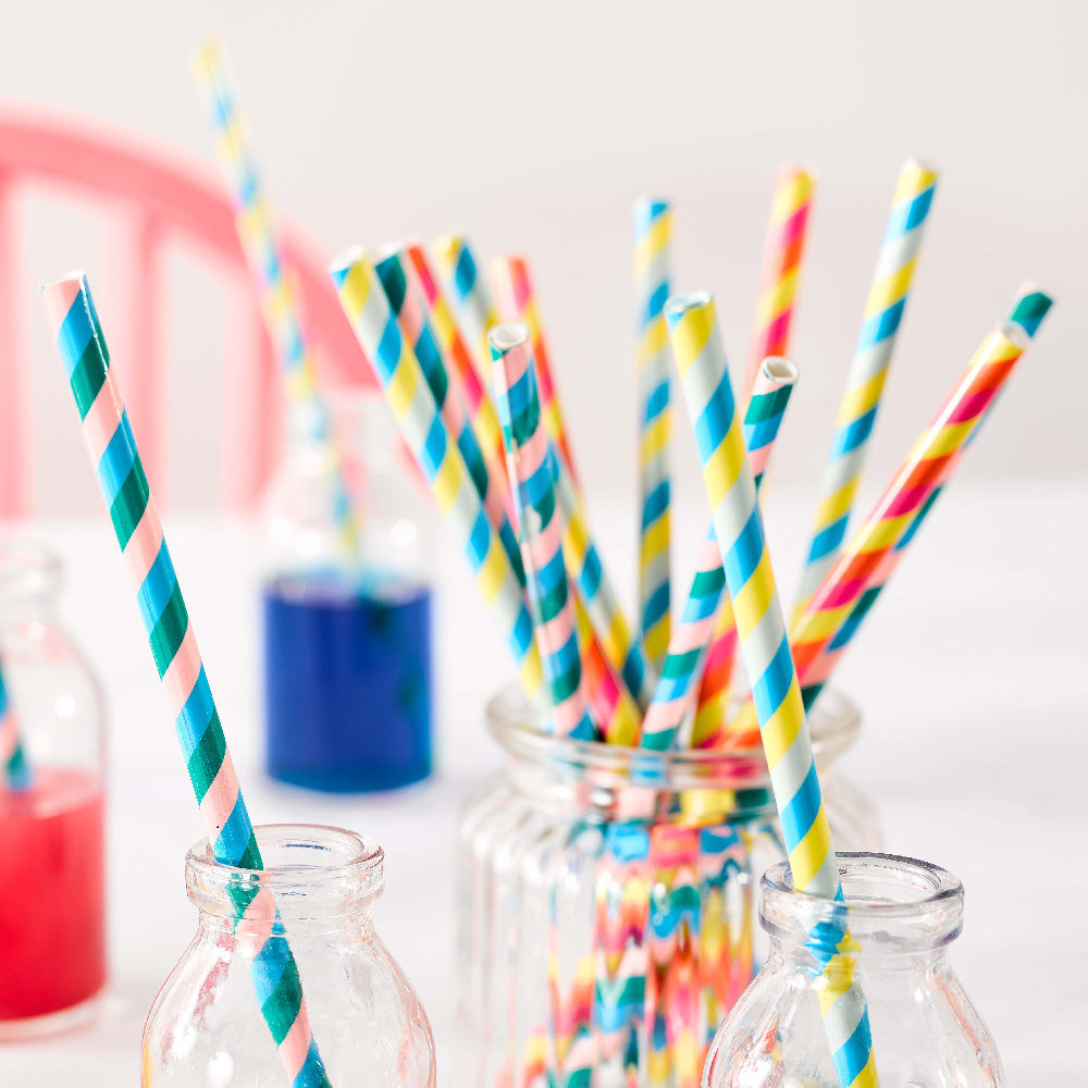 Cups, Glasses & Straws