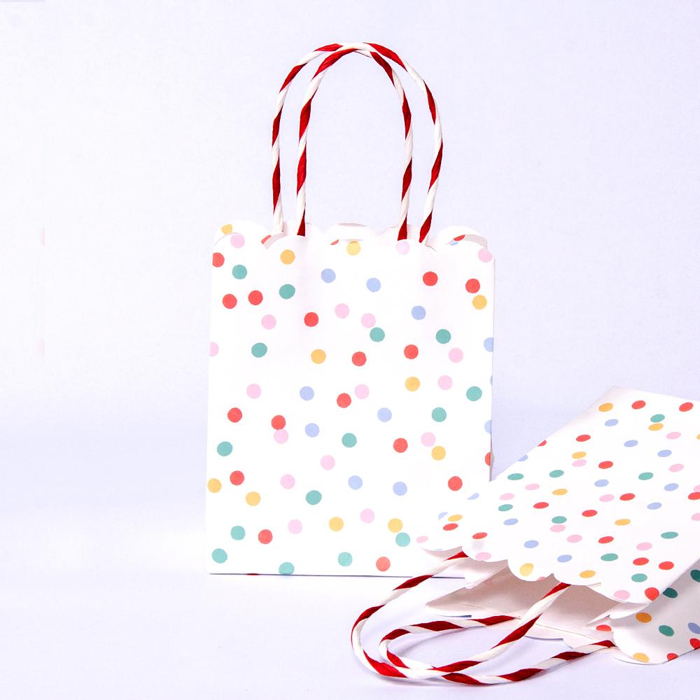 Spotty Paper Party Bags (x8)
