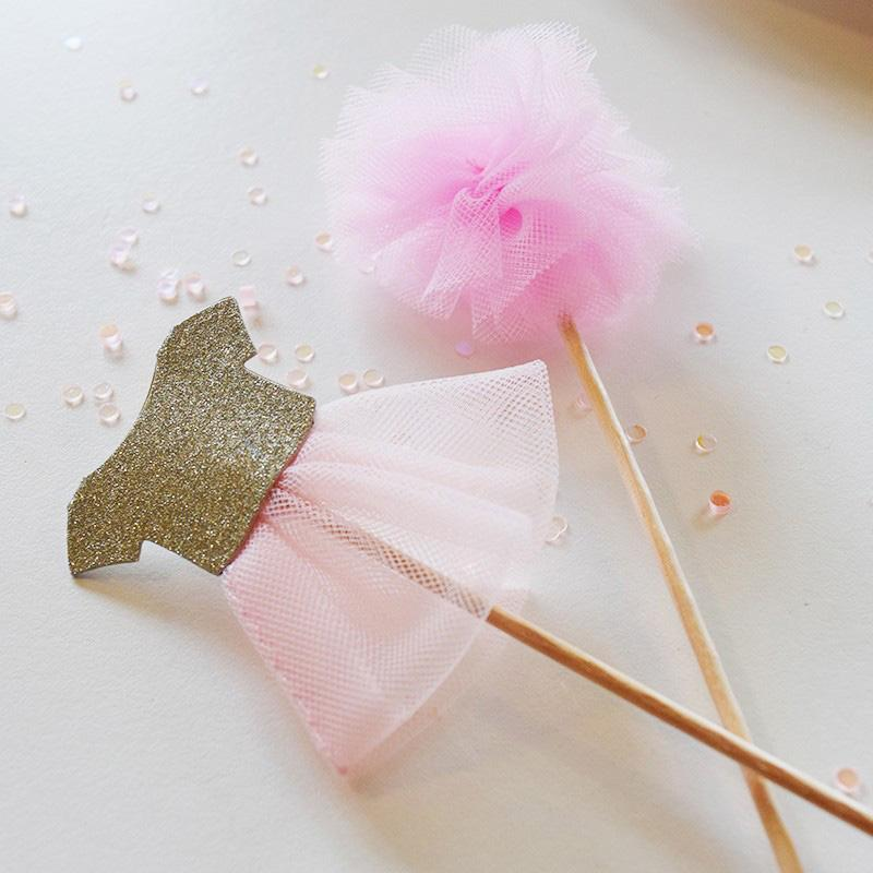 We Heart Pink Tutu and Pom Pom Picks (x12)
