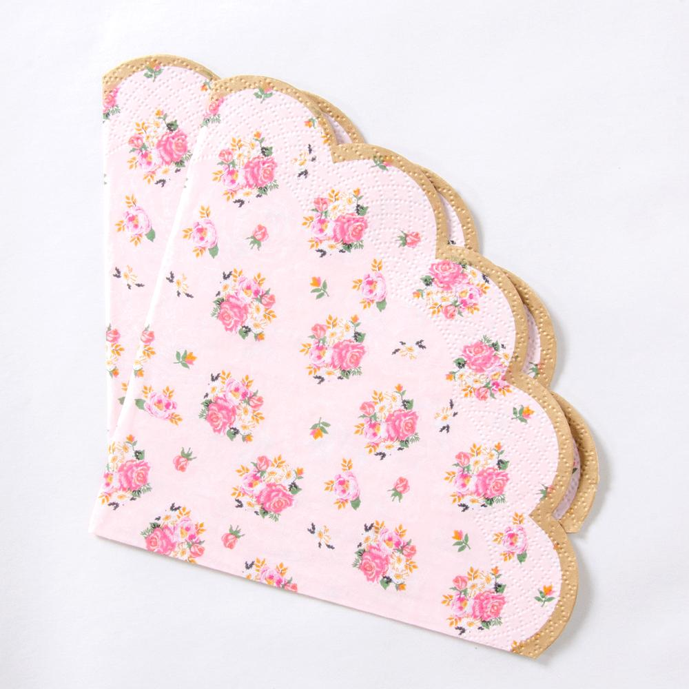 Truly Scrumptious Scalloped Paper Napkins (x20)