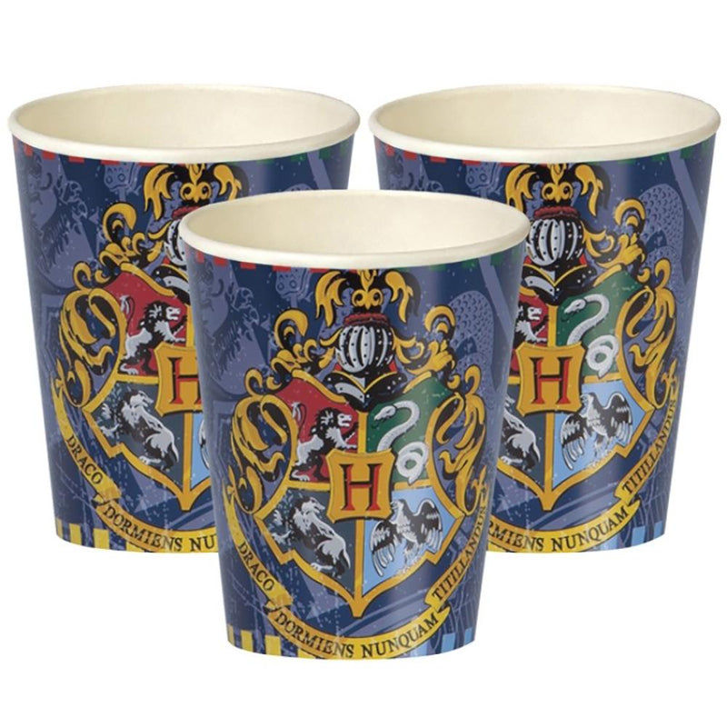 3 Harry Potter party cups with a crest of Hogwarts design