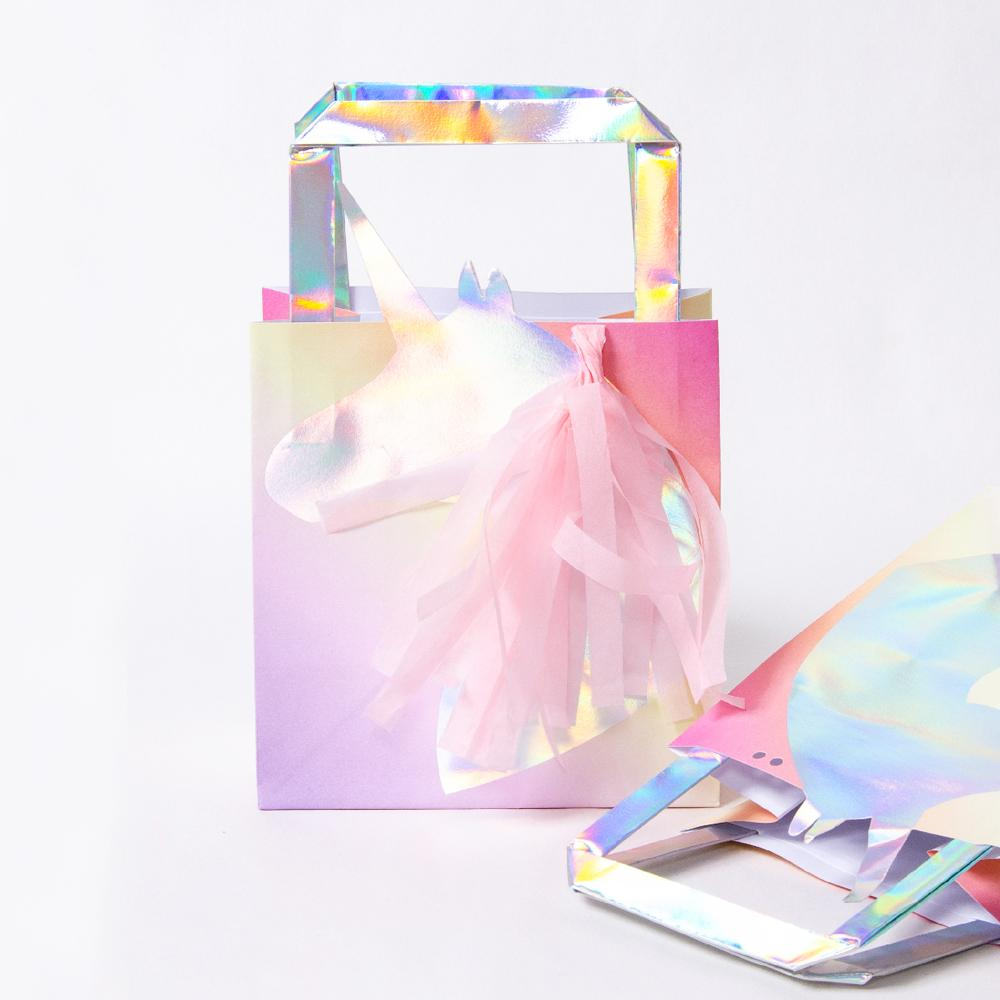 Make a Wish Unicorn Iridescent Party Bags (x5)
