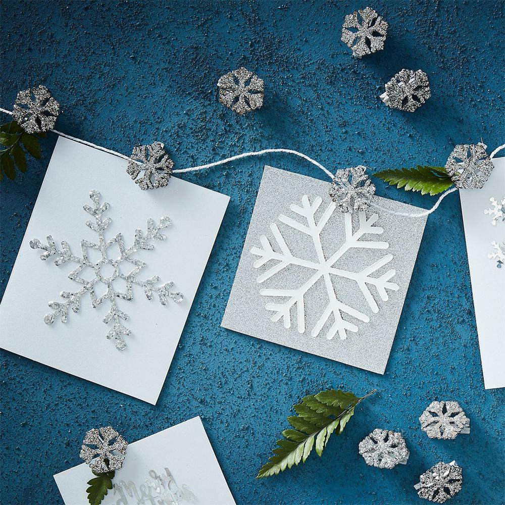 Silver Glitter Snowflake Christmas Card Holder (5m)