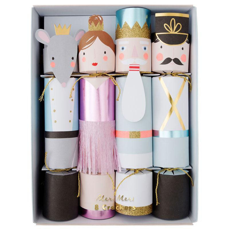 Nutcracker Whistle Crackers (x8)