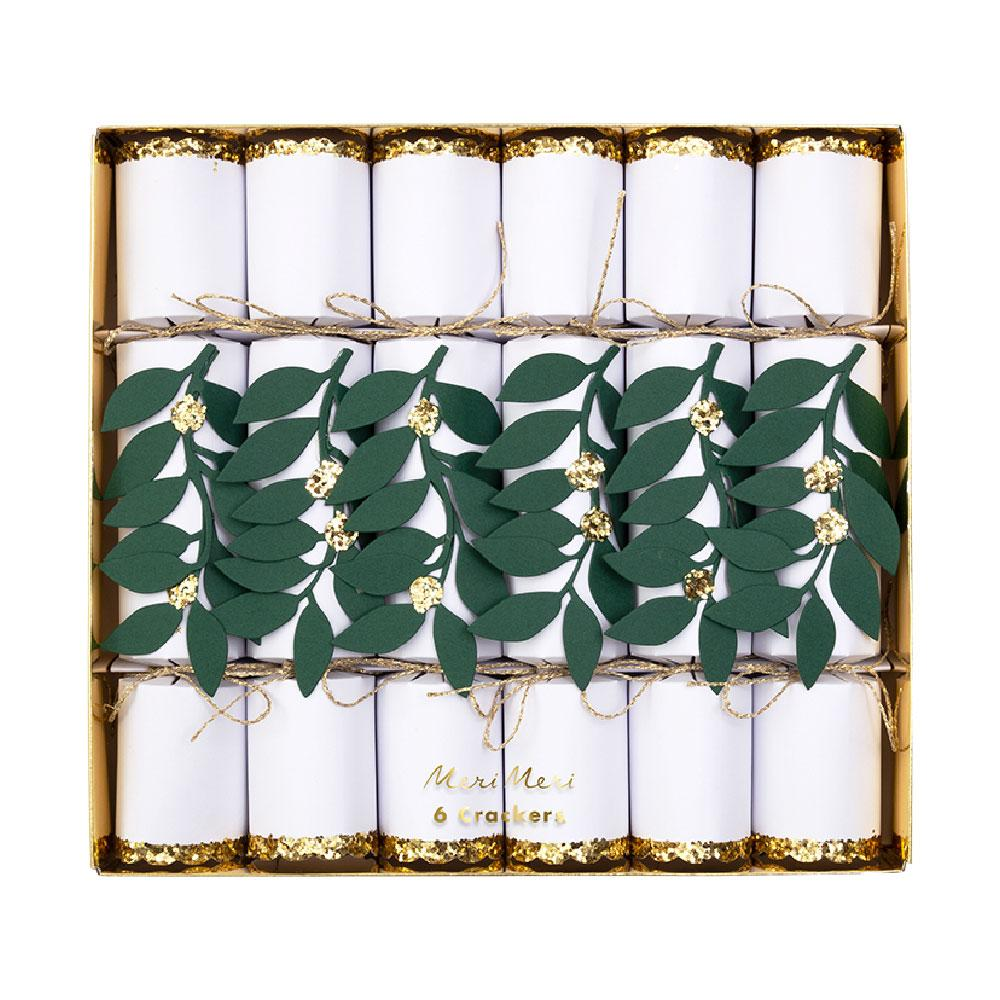 Festive Foliage Medium Crackers (x6)