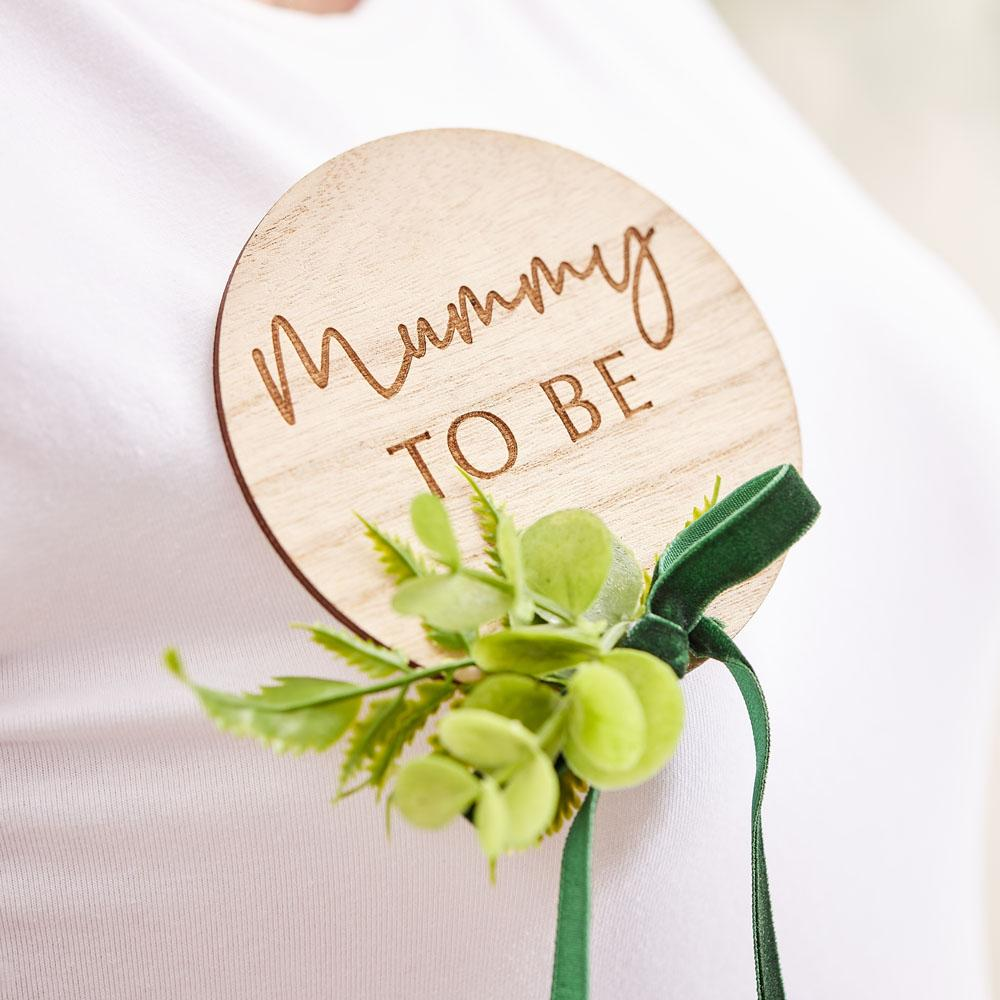 Botanical Wooden Mummy To Be Badge