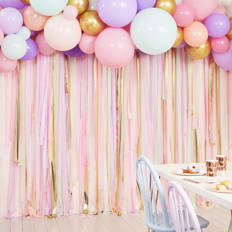 Mix It Up Pastel Gold Streamer & Balloon Backdrop