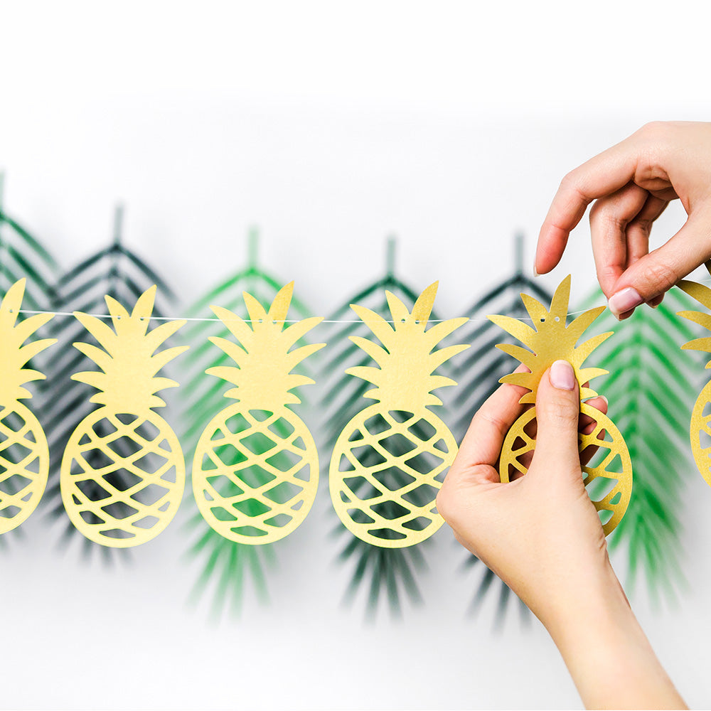 Gold Pineapple Garland (1.5m)
