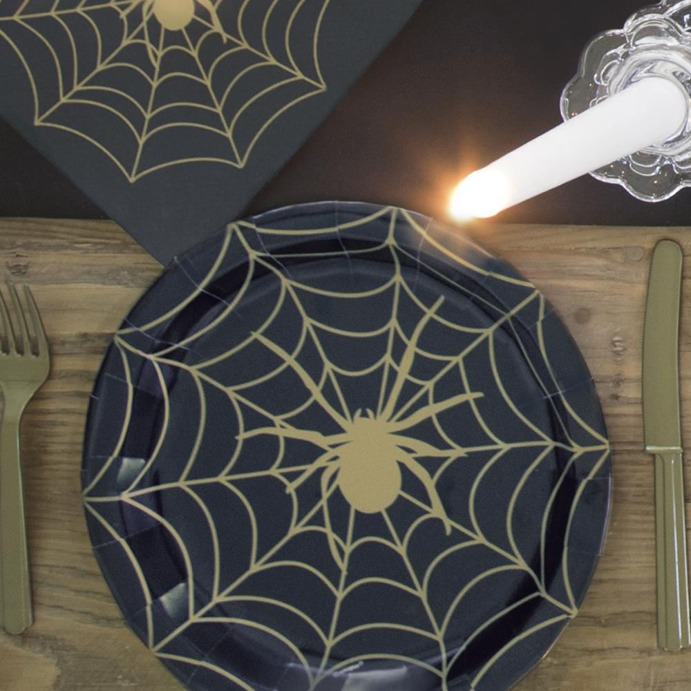 Frightfully Fabulous Paper Party Plates (x8)