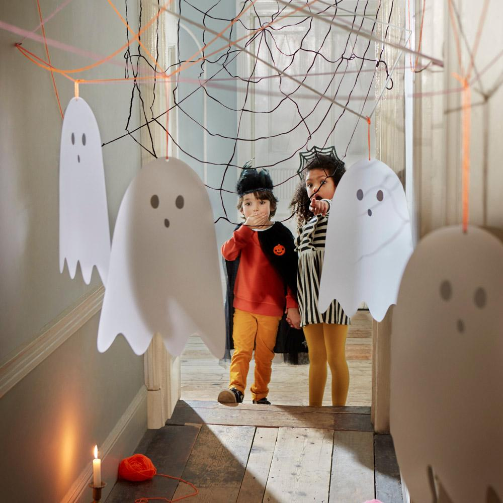 Spooky Ghost Hanging Decorations (x10)