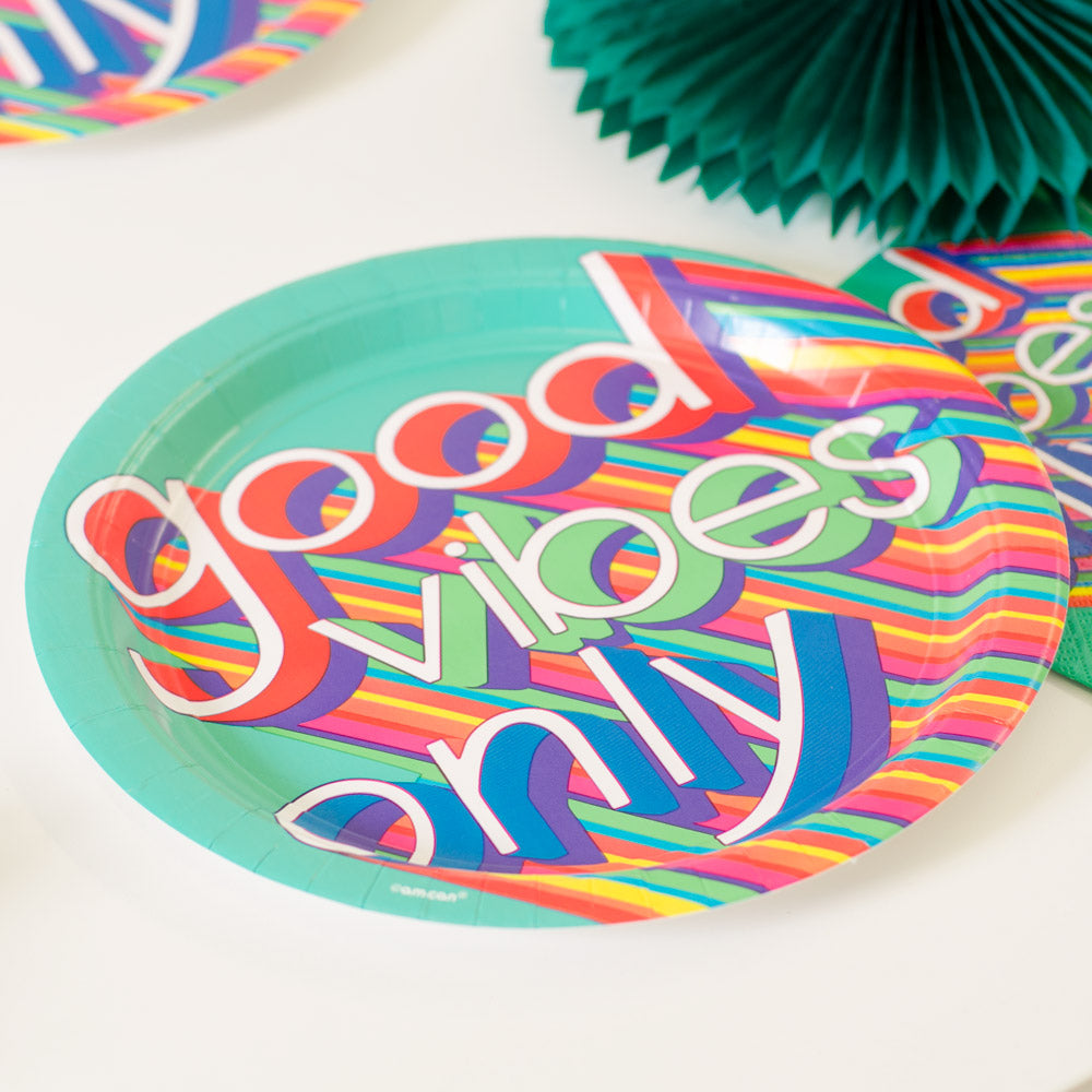 Good Vibes Paper Party Plates (x8)