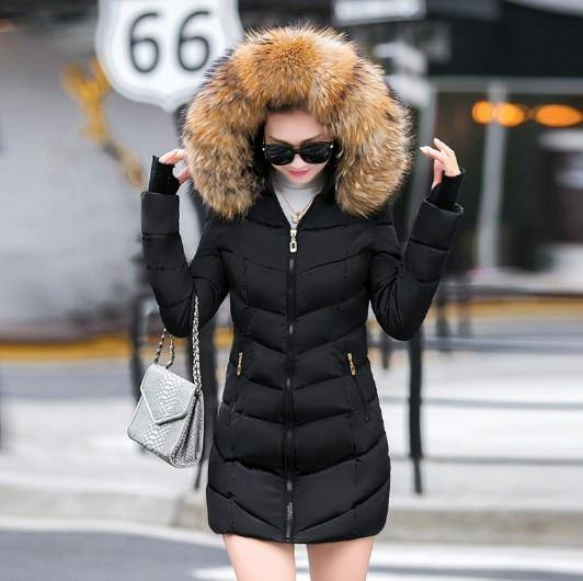 Faux Raccoon Fur Women'S Winter Down Jacket 2020 With A Hood Thick Down Parkas 2020 Long Female Jacket 2020 Coat 2020 Slim Warm Winter Outwear Women's Trench Coat 2020