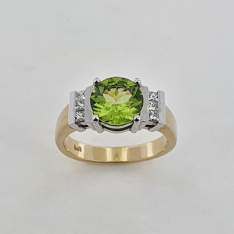 Peridot & Diamond 9ct Gold Ring
