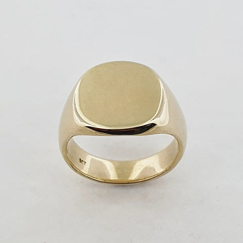 9ct Yellow Gold Square Signet Ring