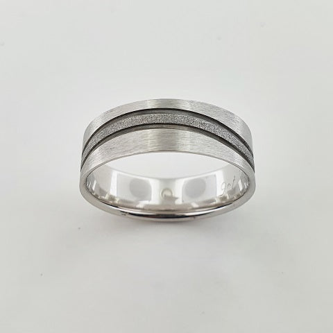 9ct White Gold & Black Rhodium Plated Ring