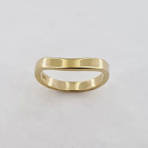 18ct Yellow Gold Curved Ring
